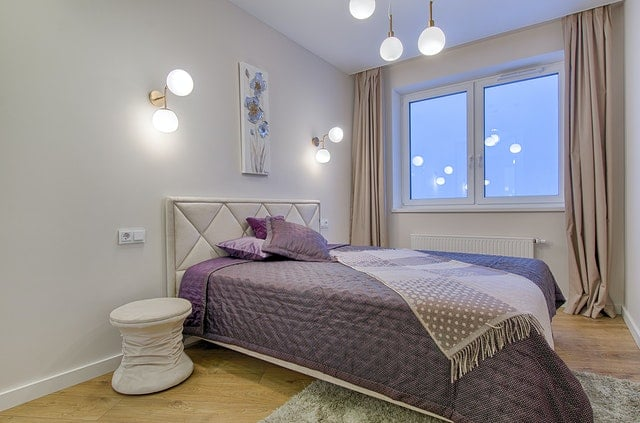 bed-room-rent-out-your-home-while-you-travel-green-country-travel