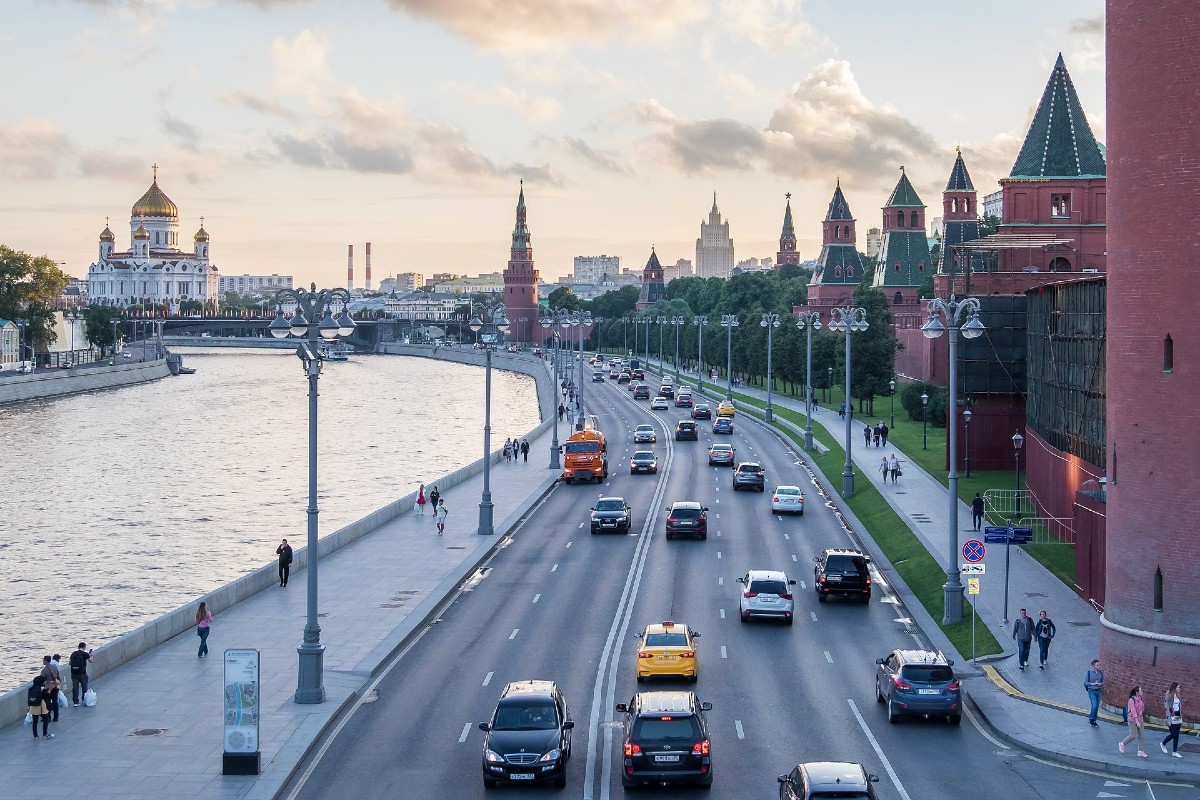moscow-russsia-travel-green-country-travel